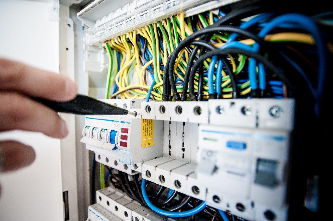 Pomiary elektryczne w praktyce